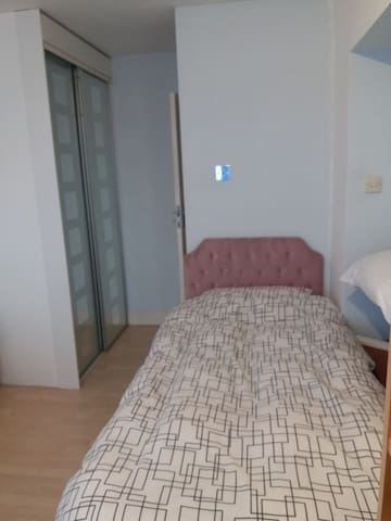 Single bedroom in family house