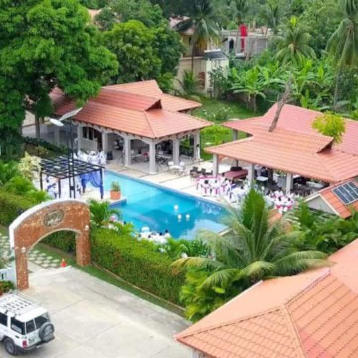 Nice bungalow at auberger Villa cana
