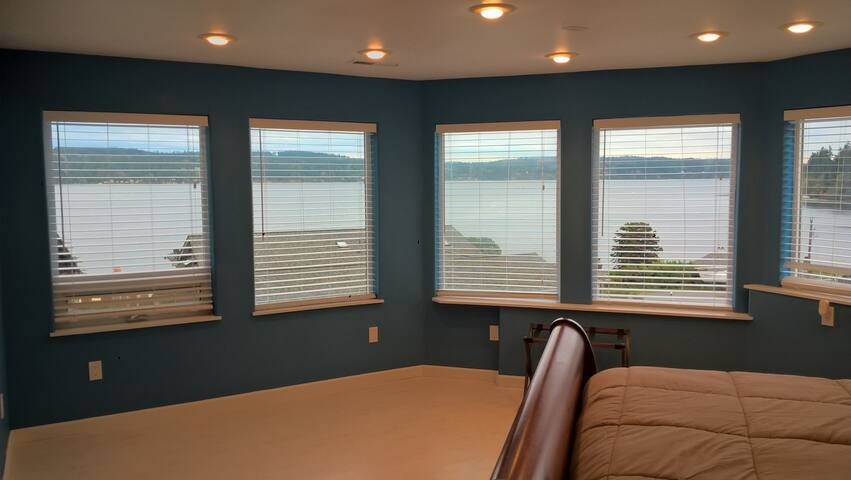 Master Suite #1 @ Island House, Honeymoon Bay - Greenbank - Casa