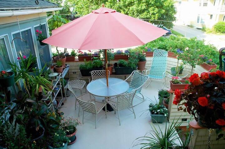 Soothing Garden Room
