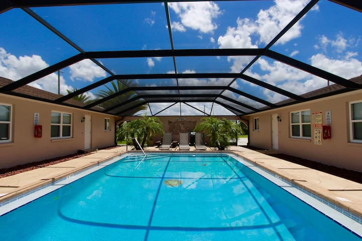 Cozy Apartment U/1 Lakeview Villas - Cape Coral - Apartment