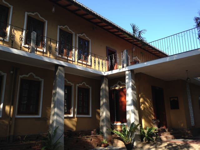 Calm and quiet place - Kandy - Bed & Breakfast