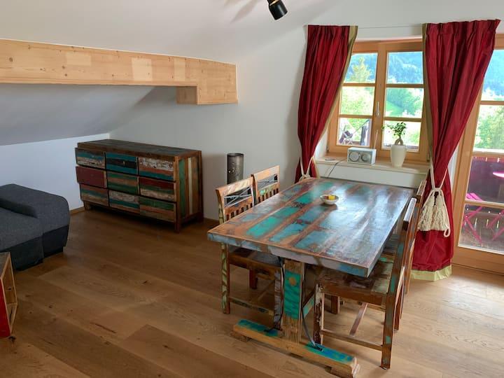 Renovierte Dachgeschossferienwohnung mit Charme