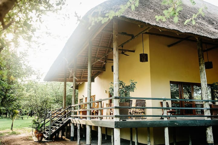 Safarihuis 10 pax, completely renovated June 16