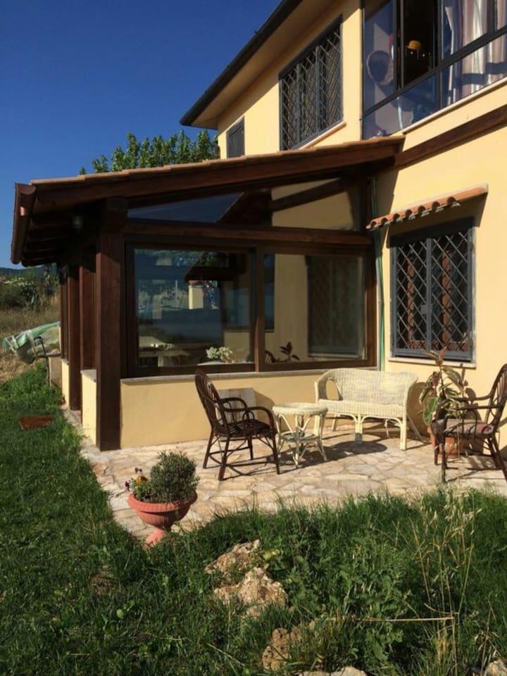 Ingresso casa - cucina verandata