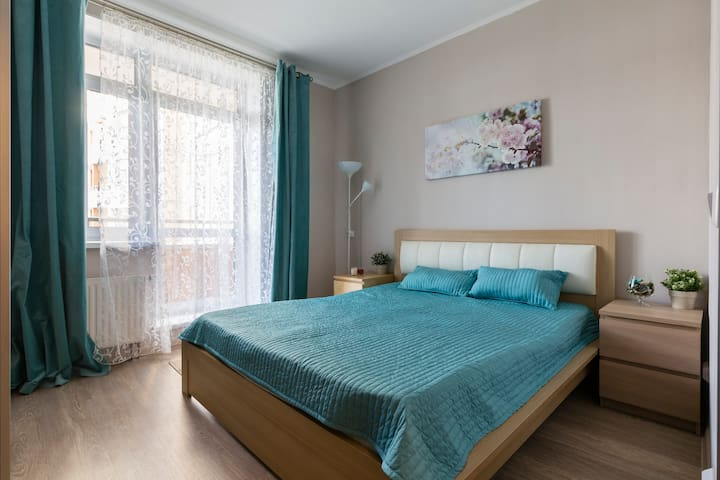 Квартира с панорамными окнами на Академической - Sankt-Peterburg - Appartement