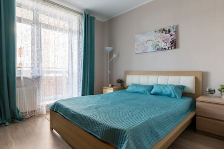 Квартира с панорамными окнами на Академической - Sankt-Peterburg - 公寓
