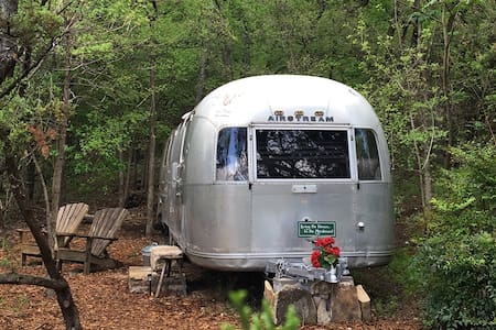 Vintage Airstream. Secluded Excel 4 Social Dist.