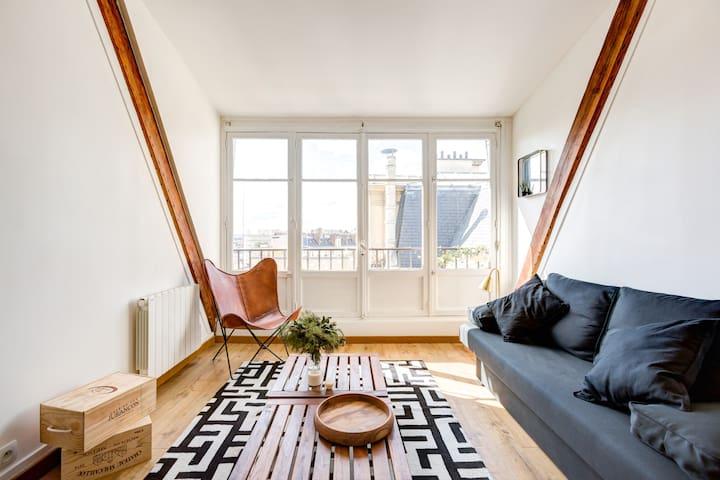 Bright & cozy top floor studio - París - Departamento