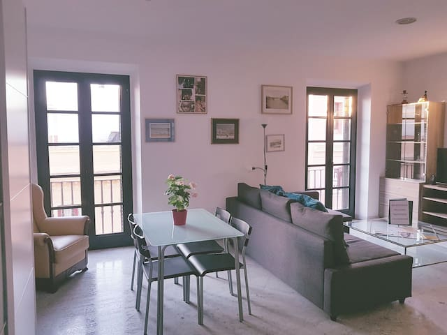 Duplex apartment in the heart of the city