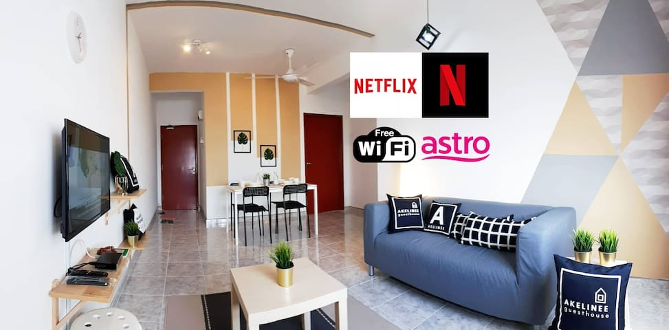 (NETFLIX & Wifi-FREE) SEAVIEW AKELINEE APARTMENT 1