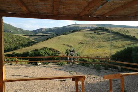 Casetta immersa nella natura a La Corte, Sardegna