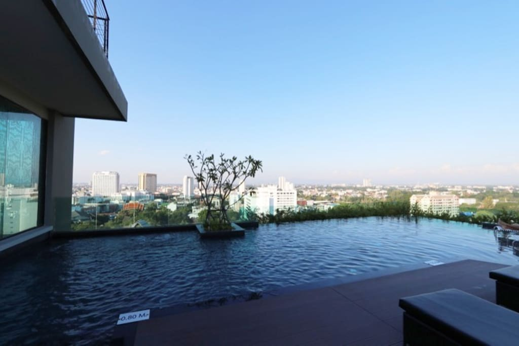 Chiang Mai Steps From Night Bazaar Sunset Pool Apartments For Rent In Chiang Mai Chiang