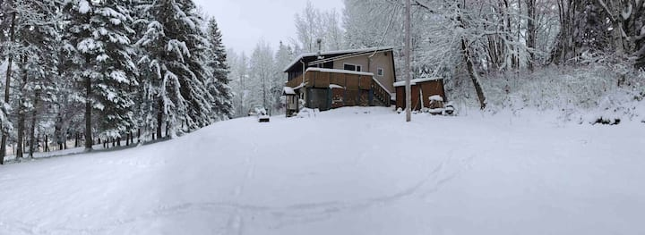 Happy Trails Chalet, Poley Mtn & Fundy Experience
