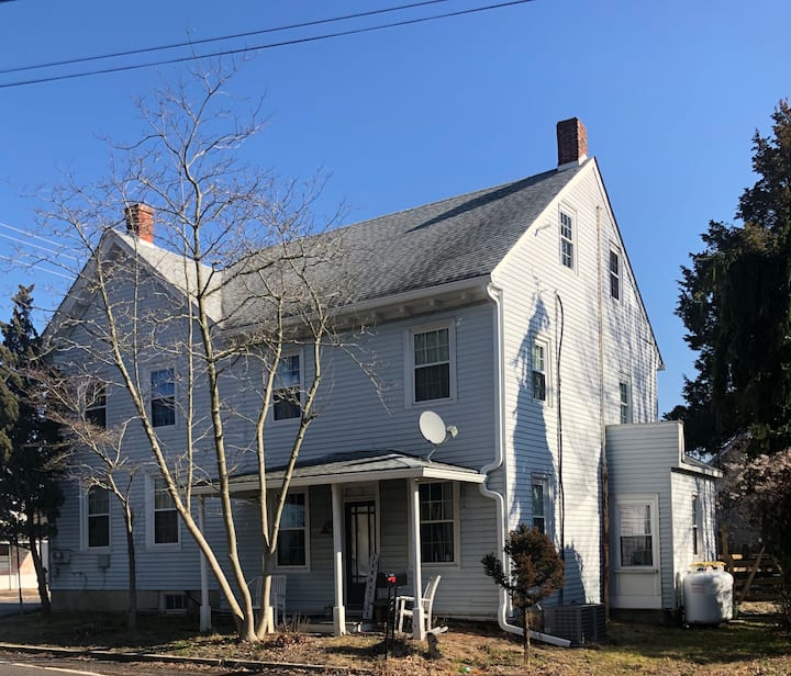 Historic Tavern Home with all Modern Amenities