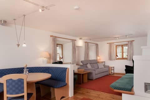 Apartment Stifterhaus / 2-6 people