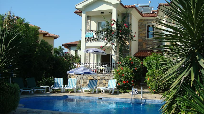 2 bed 1st floor flat & shared pool with views - Dalyan - Apartamento