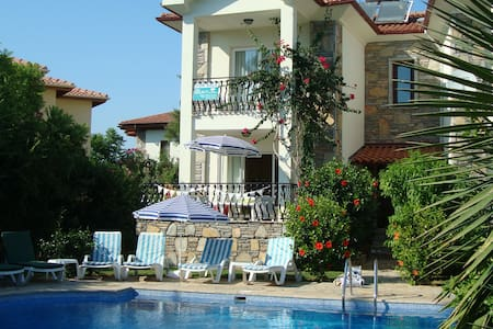 2 bed 1st floor flat & shared pool - Dalyan - Pis