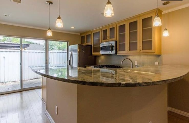 Beautiful residential townhome - Dallas - Hus