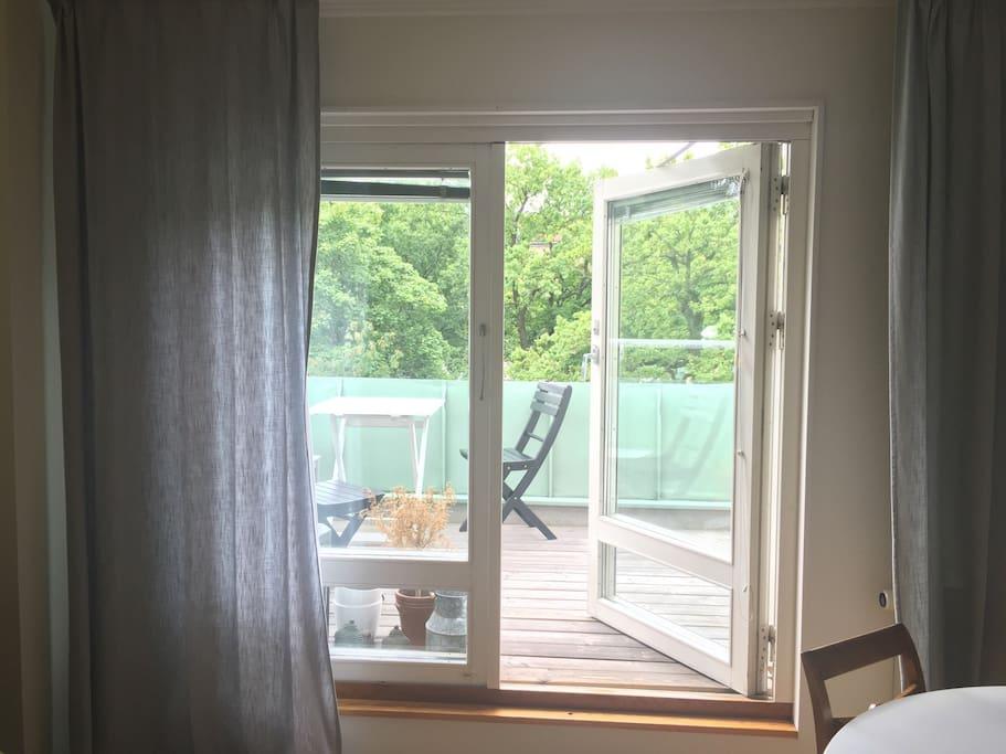 Balcony doors to roof top terrace.