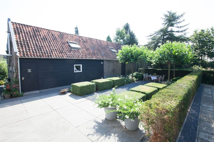 A cosy cottage fitted with modern conveniences - Hazerswoude-Dorp - Szoba reggelivel