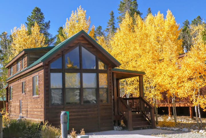 ☆Aspen Grove Retreat - Cozy Pet friendly cabin ☆