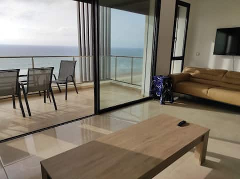Appartement LUXE 120 m2 Plage des Nations, Vue Mer