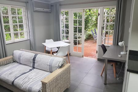 Comfy cottage for business/holiday accommodation