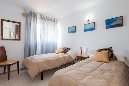 Preciosa habitaciòn vistas al mar - Andre