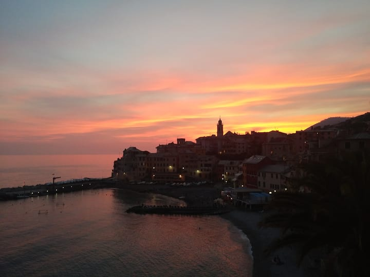 In the heart of Bogliasco one min from the beach