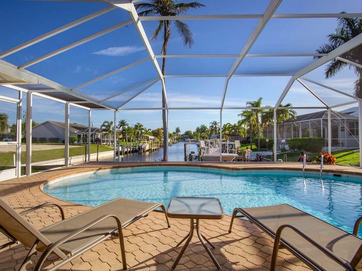 Lovely Romantic 3/2 Waterfront - Pool & FREE KAYAK
