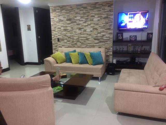 Habitacion estilo loft en el eje - Pereira - Apartamento