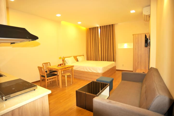 Studio apartment in city center #3 - Da Nang - Appartement