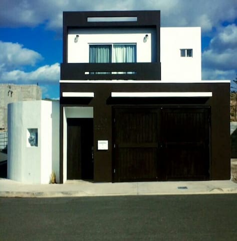 Luxury affordableGated 3Bdrm Home ! - Rosarito / Playas Tijuana - House