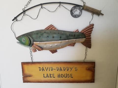 David-Daddy's Lakehouse in T or C