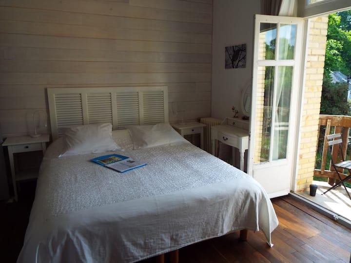 Villa Tranquillité, chbre stylée vue écluse