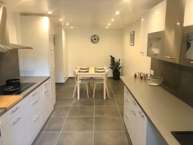 Estaque - appartement neuf, rez-de-chaussée villa