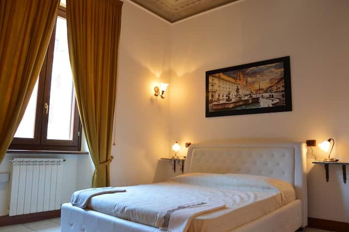 Room Deluxe Roma Termini,low price,suite-