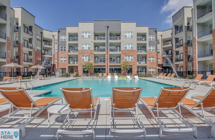 Nashville 1BR in Trendy Germantown 10 min to Honky Tonks by STA Here