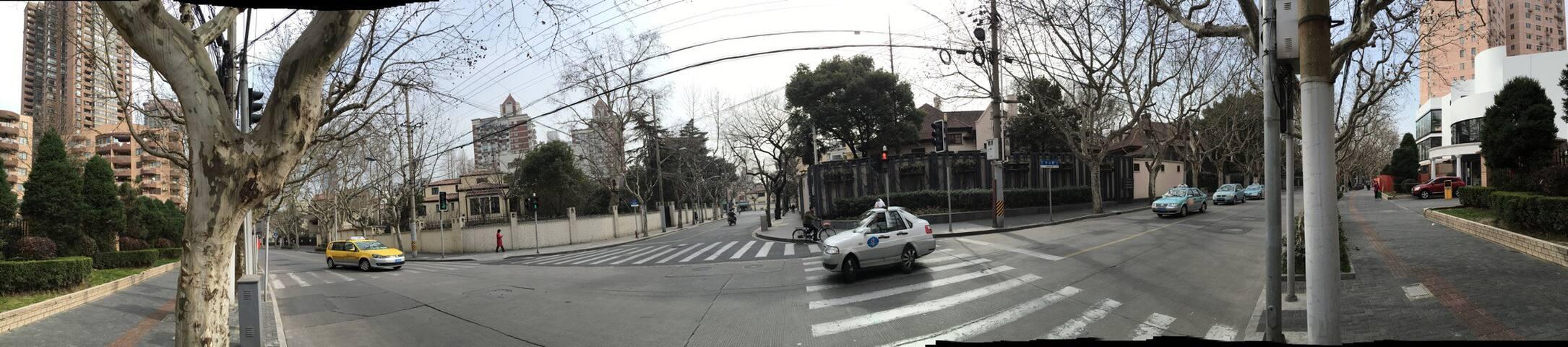 HuaShan street