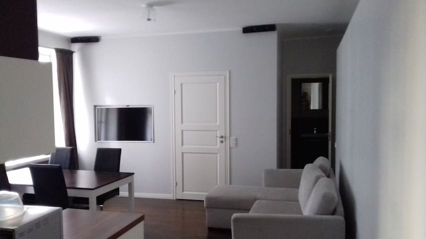 Fully renovated studio in the center of the city - Hèlsinki - Pis