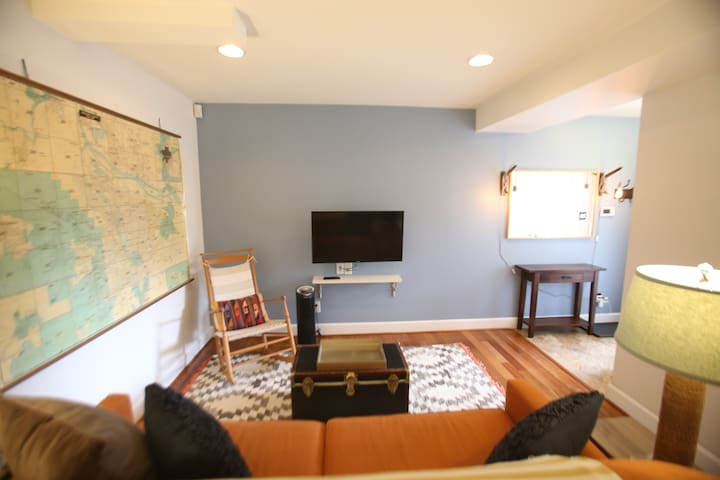 Living room with smart TV (login to all of your favorite apps)