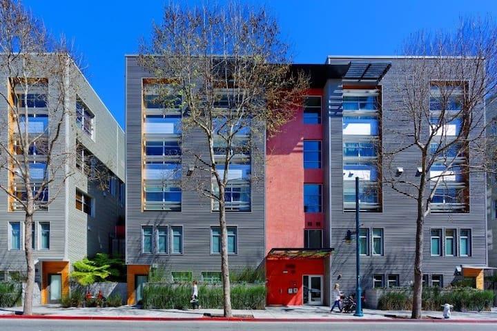 Modern 1 Bdr (SF & Berkeley) - Emeryville - Appartement