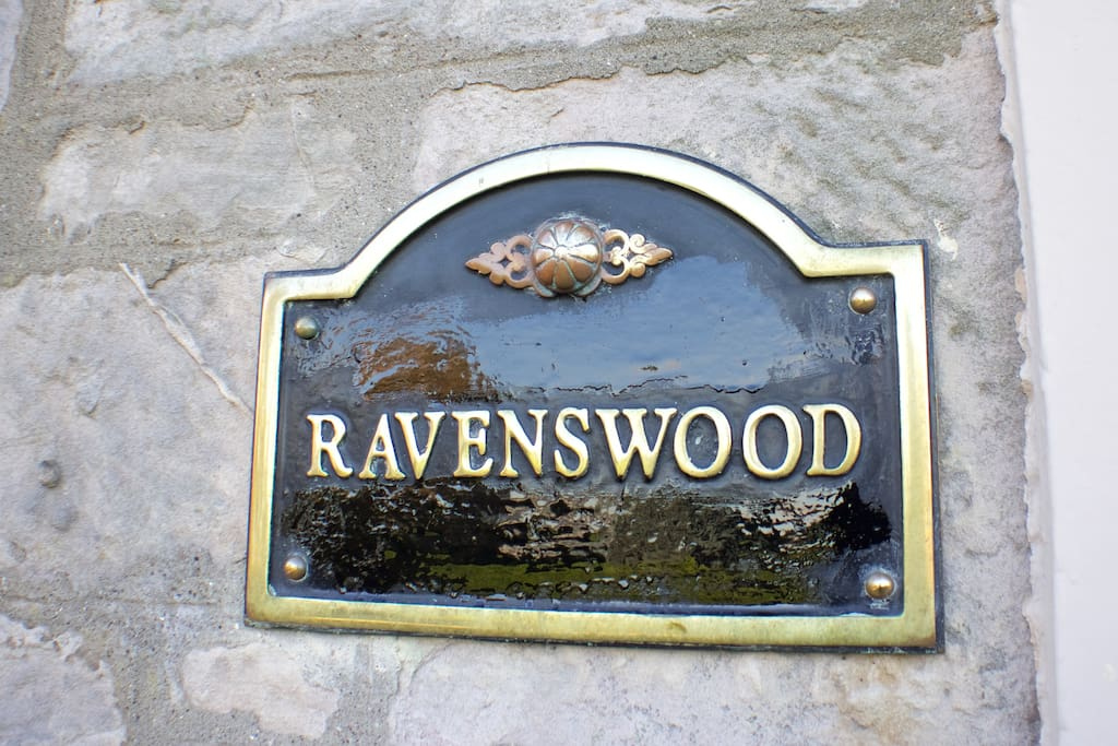 Welcome to Ravenswood!