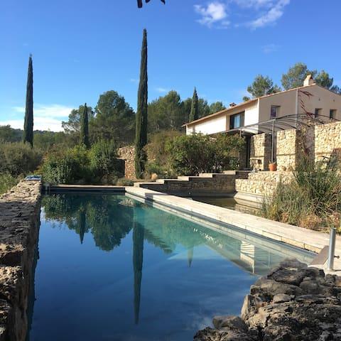 Modern Airy Holiday Villa - Cotignac - วิลล่า