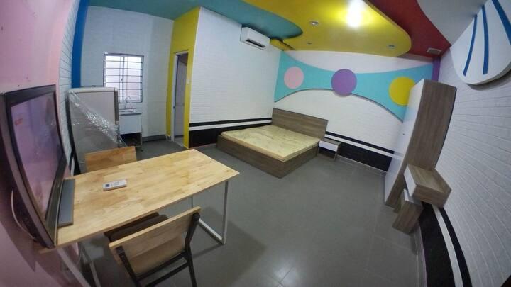Phòng studio riêng biệt, đầy đủ tiện nghi