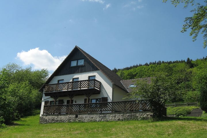 Cozy Holiday home in Düdinghausen Sauerland near Ski area