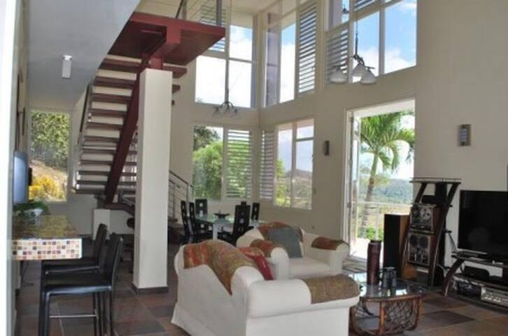 Private, Luxury Resort Style Villa