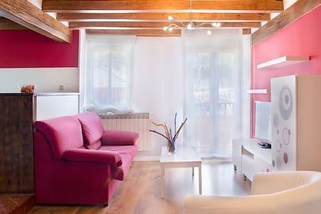 Apartamento de 2 hab Casarural MaderaySal 4-6pers