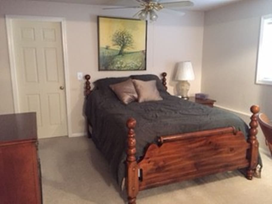 Large Apt In Walkout Basement Houses For Rent In